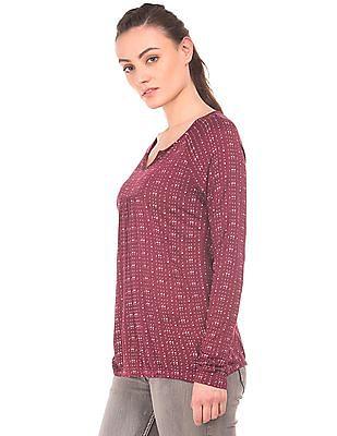 Cherokee Raglan Sleeve Knit Top