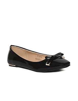 Stride Black Bow Strap Ballerinas