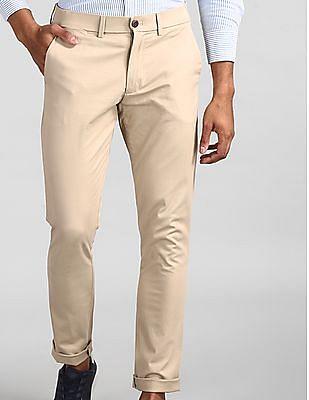 GAP Men Beige Modern Khakis In Skinny Fit With GapFlex