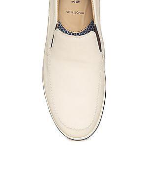 Johnston & Murphy Textured Leather Slip On Shoes