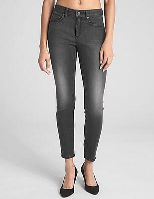 GAP Soft Wear Mid Rise Curvy True Skinny Jeans