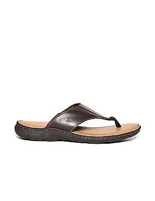 Arrow Broad V-Strap Sandals