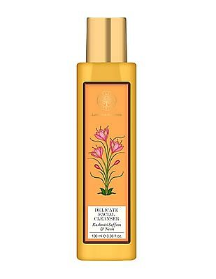FOREST ESSENTIALS Delicate Facial Cleanser With Kashmiri Saffron And Neem - Normal Towards Oily Skin