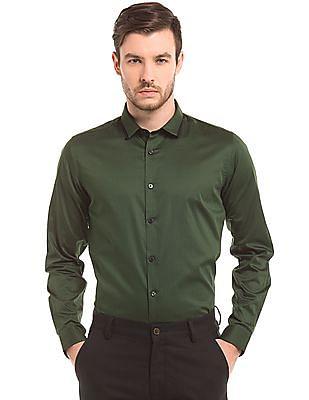 True Blue Solid Slim Fit Cotton Shirt