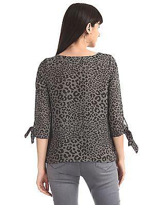 SUGR Grey Round Neck Leopard Print Top