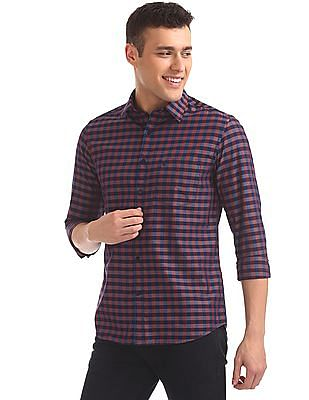 Izod Spread Collar Check Shirt