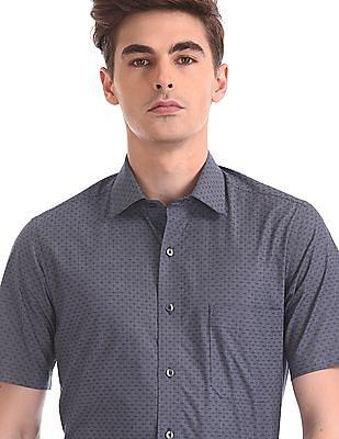 Arrow Regular Fit Spread Collar Shirt