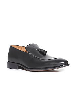 Arrow Tassel Trim Slip-On Shoes