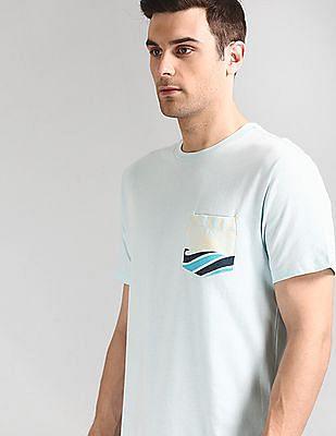 GAP Patch Pocket Crew Neck T-Shirt