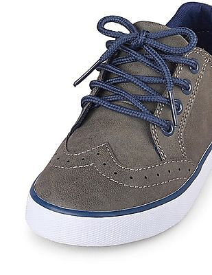 The Children's Place Boys Low-Rise Indie Shoe