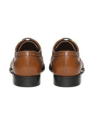 Johnston & Murphy Wingtip Leather Brogues