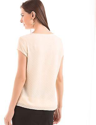 Arrow Woman Dobby Weave Short Sleeve Top