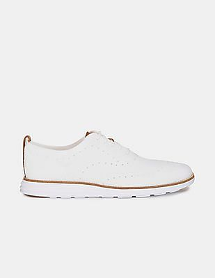 Cole Haan Men White Original Grand Wingtip Oxford Sneakers