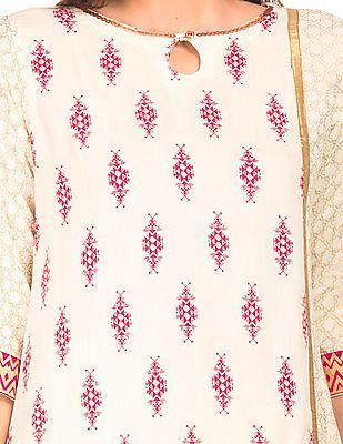 Anahi Foil Printed Panelled Kurta