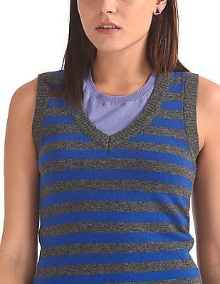 Arrow Woman Stripe Sweater Vest