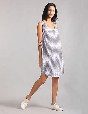 GAP Sleeveless V-Neck Print Shift Dress
