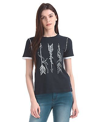 Flying Machine Women Regular Fit Feather Print T-Shirt