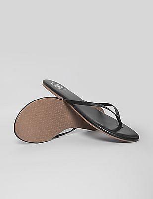 GAP Solid Contrast Sole Flip Flops